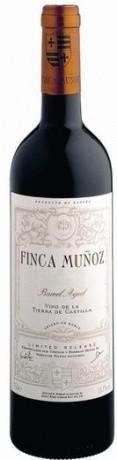 6 x 2017 Finca Munoz Barrel aged (Reserva de la Familia) Vino de Tierra de Castilla